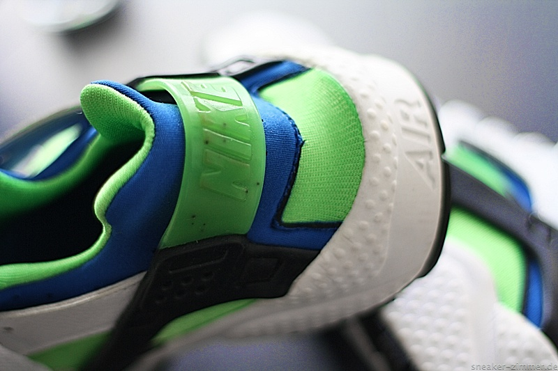 "Nike Huarache LE ""Scream Green"