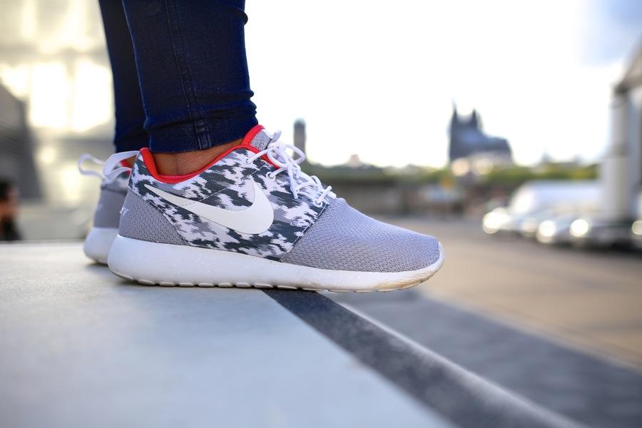 Nike Roshe Run Damen Muster