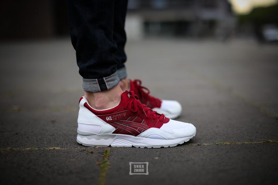 Asics Gel Lyte V Shoes Triple Black On Feet