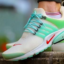 "Classics on Feet – Nike Air Presto ""Oriental Poppy"""