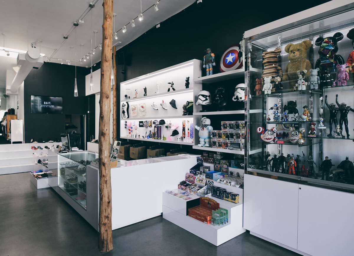 Los Angeles Store Guide-10