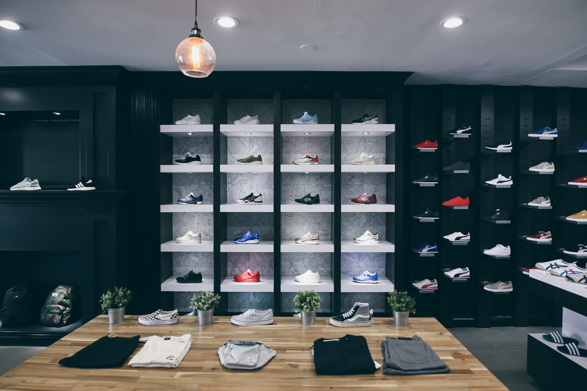 Los Angeles Store Guide-13