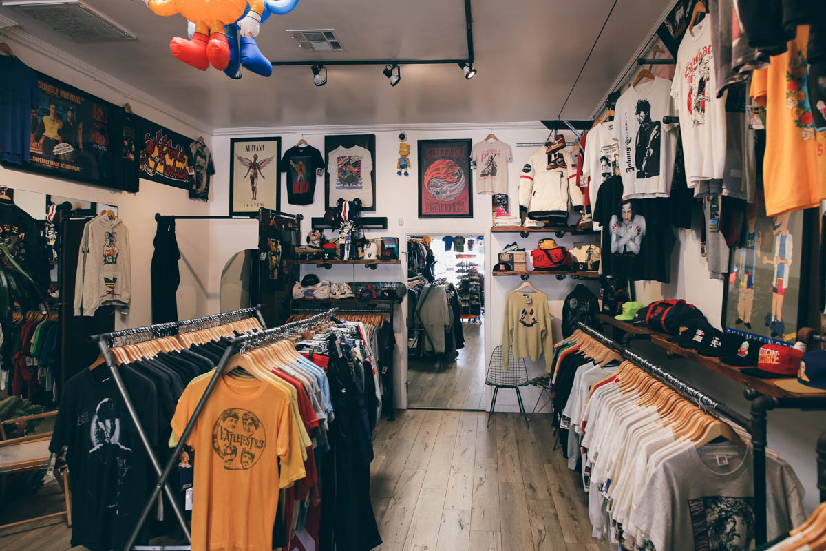 Los Angeles Store Guide-19
