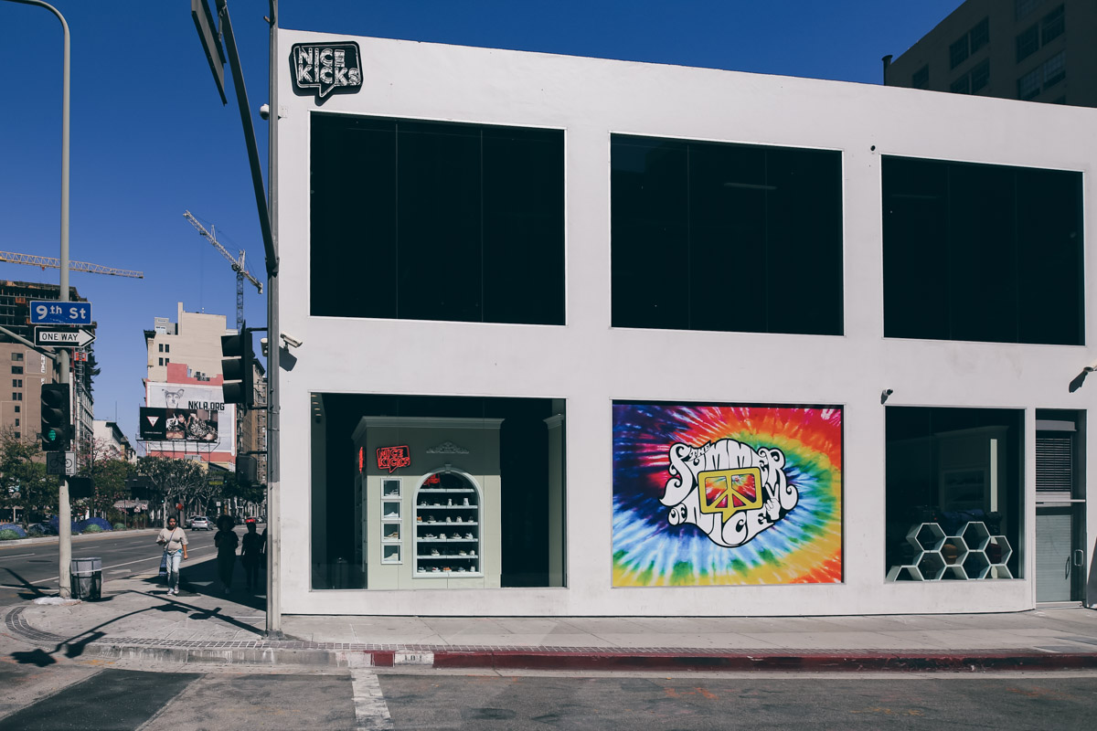 Los Angeles Store Guide-73