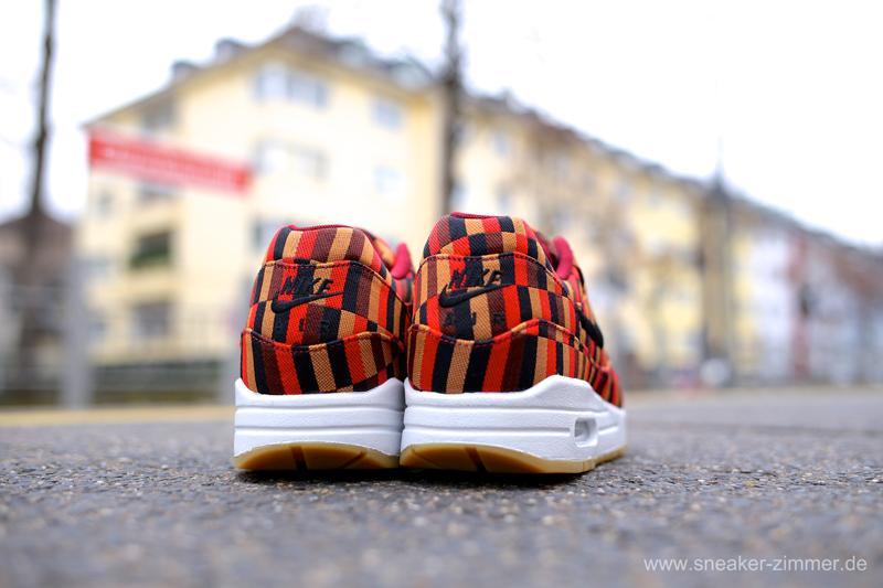 Nike x Roundel