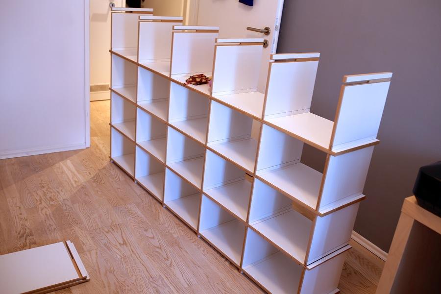Relativ Sneaker-Zimmer.de | Regale von Steckwerk – Die Galerie für's TJ19