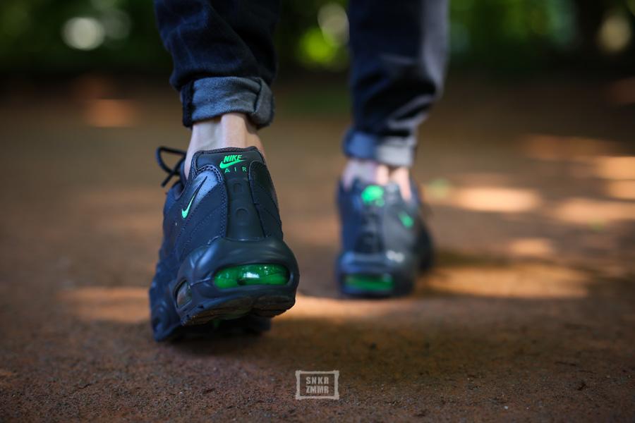 quality design 8d17a 8d30e Sneaker-Zimmer.de   Wmns Free Viritous   Air Max 95 – Nike-Doppel für Sie    Ihn