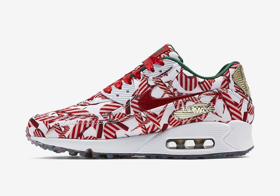 """newest 72a72 80d73 Man nennt es """"Weihnachten""""! Eigentlich kann man das Fest der Feste nur  lieben oder hassen. Für die überzeugten (weiblichen) Xmas-Fans hat Nike  auch dieses ..."""