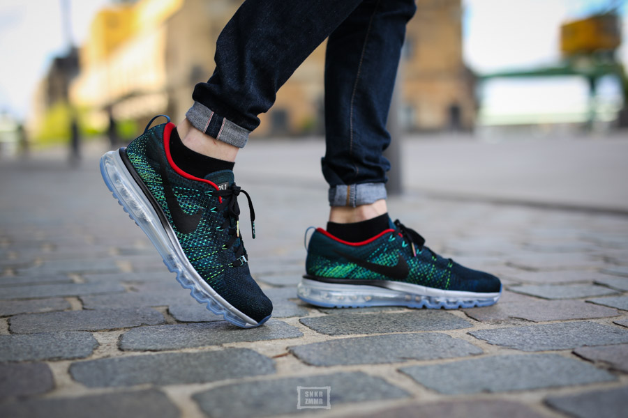 Flyknit Max HTM-9