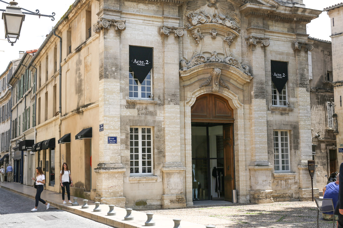 buy popular 7e4a9 c61f9 Store Guide The Nextdoor  Acte.2 – From Avignon with Love