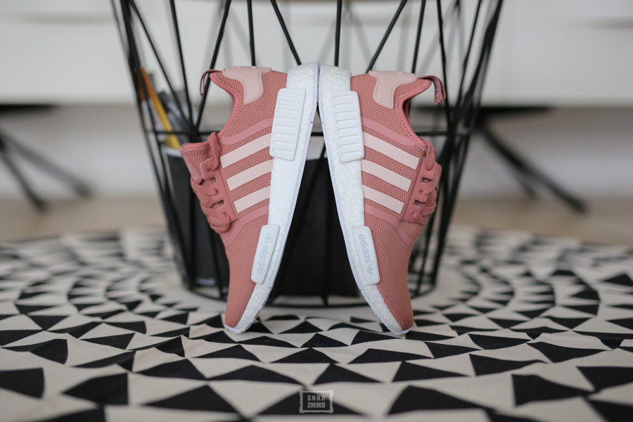 NMD R1 Raw Pink-18