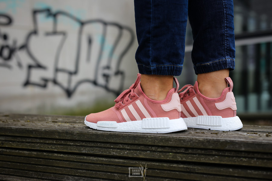 NMD R1 Raw Pink-3