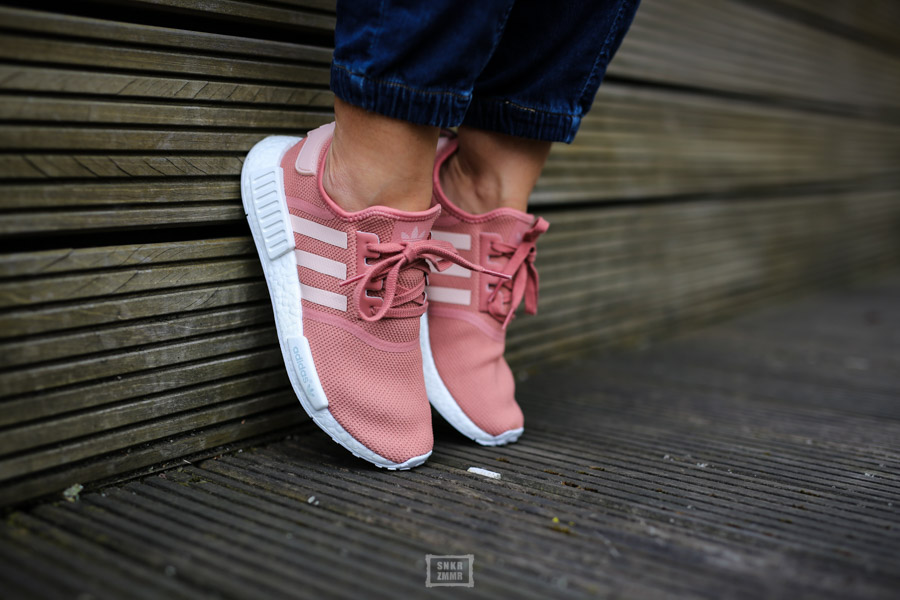 NMD R1 Raw Pink-5