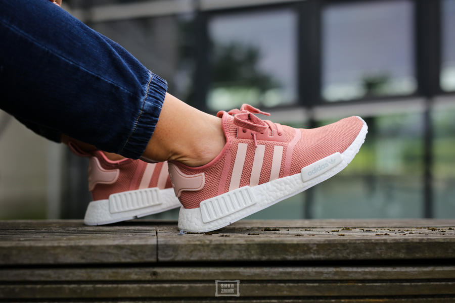 NMD R1 Raw Pink-7