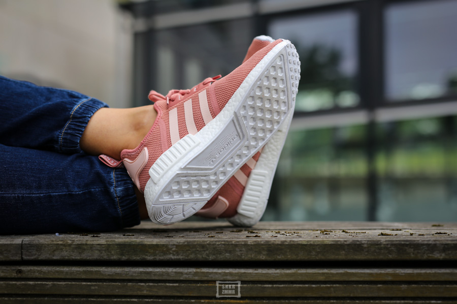 NMD R1 Raw Pink-8