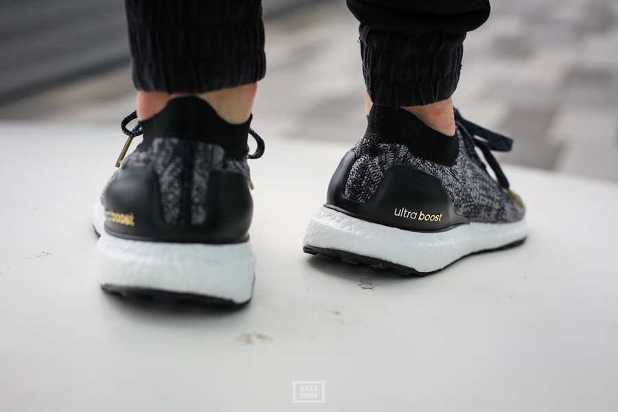 UltraBoost Uncaged-16
