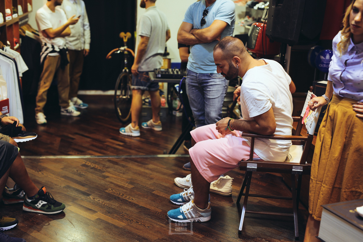 sneakers76_eqt-40