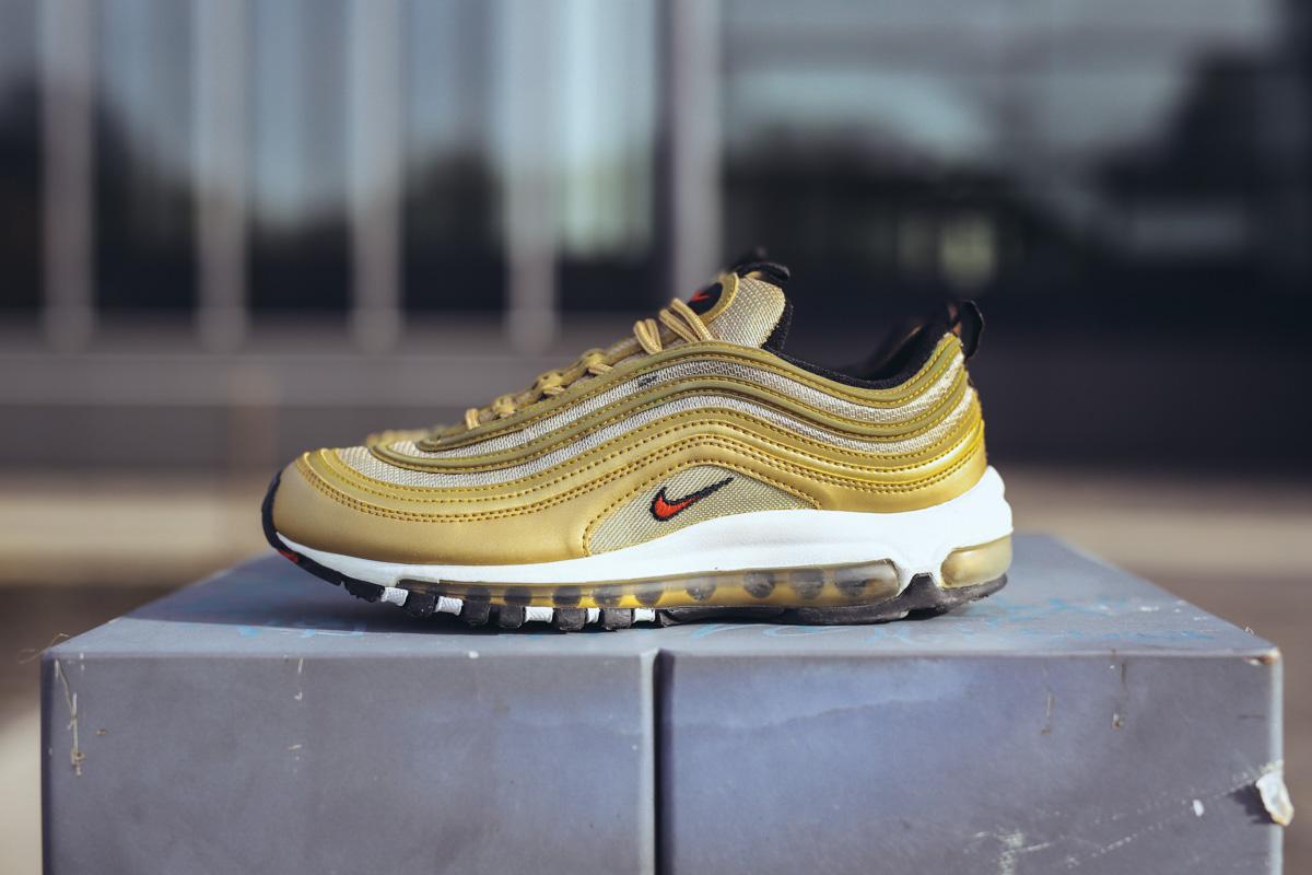air-max-97-gold-14