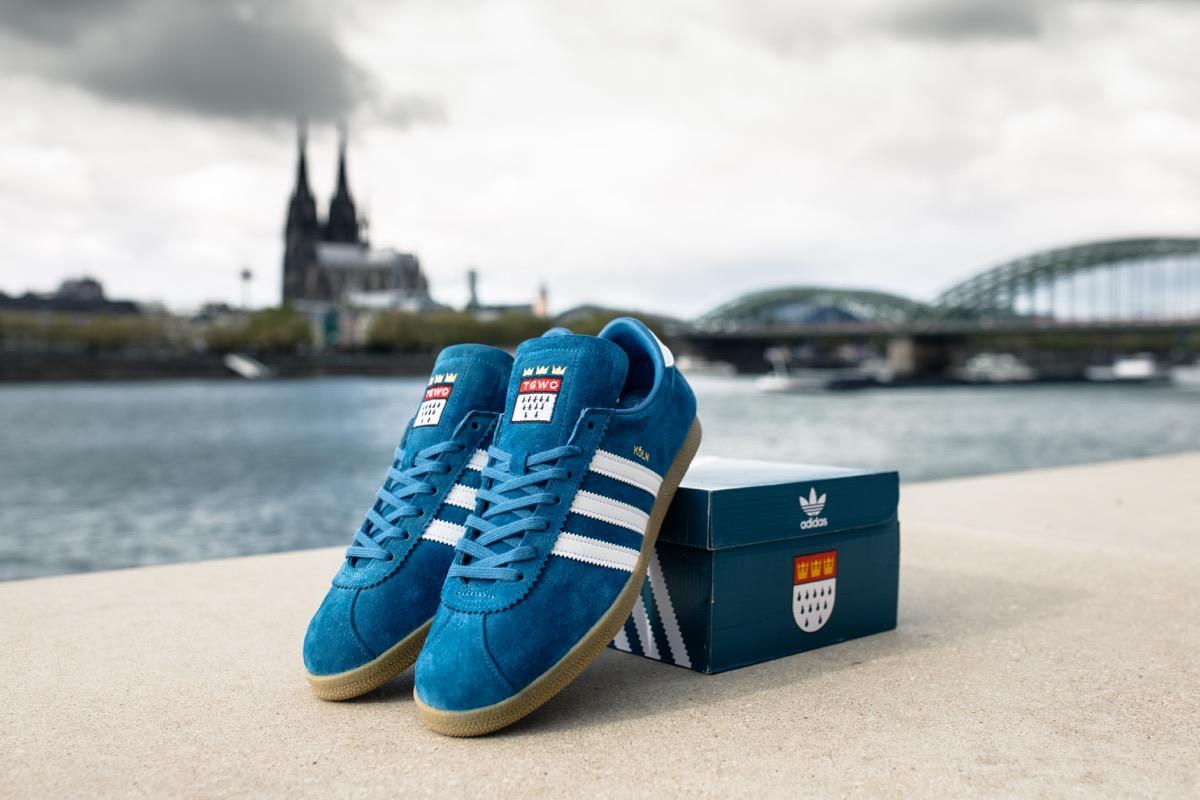 Sneaker | Asphaltgold