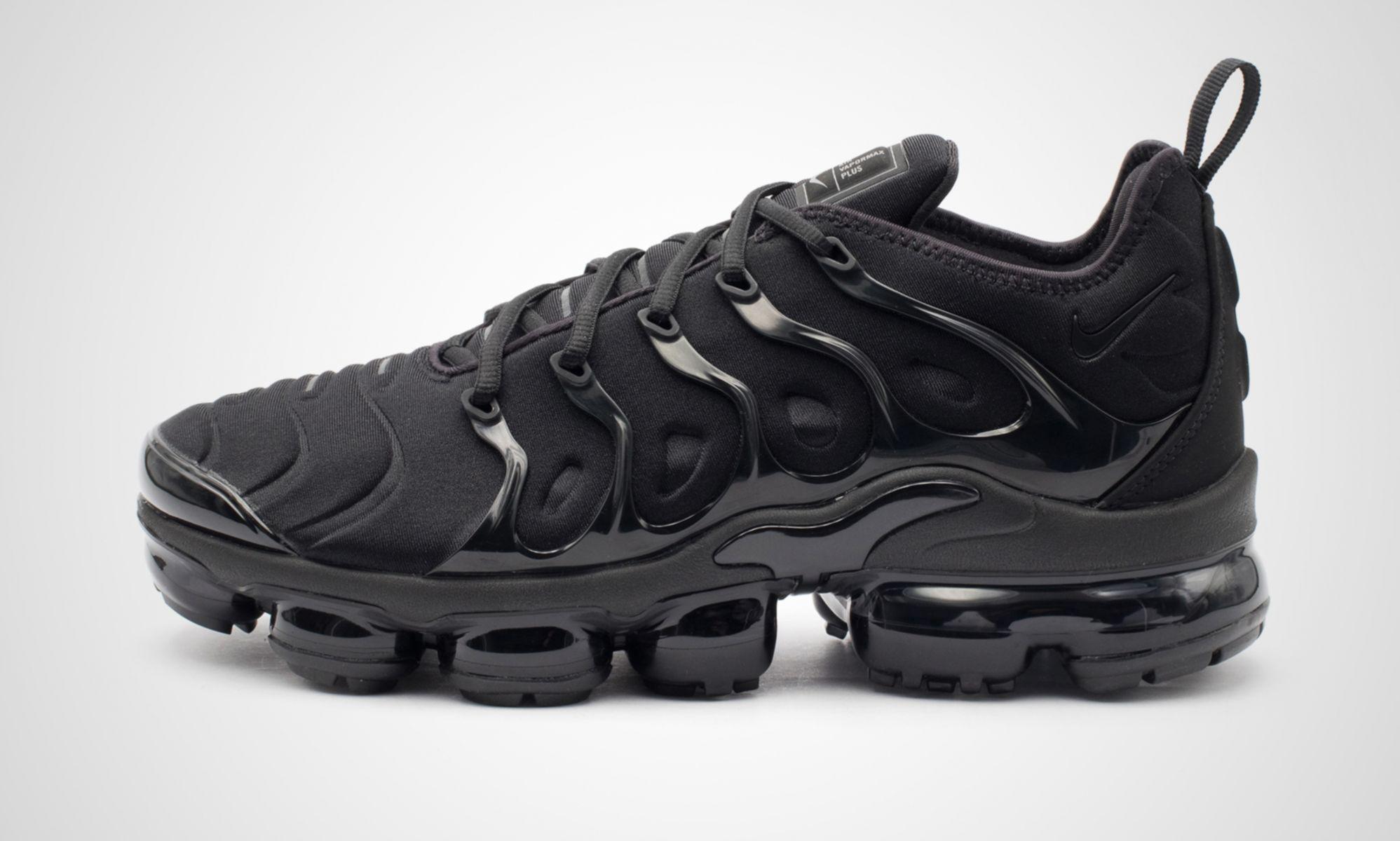 Sneaker Zimmerde Nike Air VaporMax Plus Triple Black