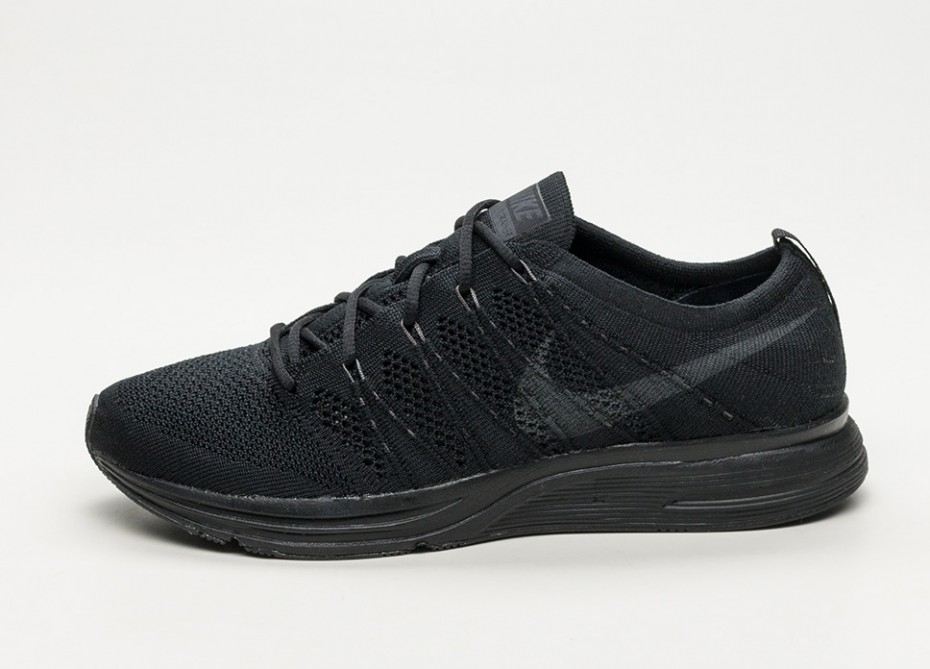 nike-flyknit-trainer-_black-anthracite-black_-ah8396-004-1