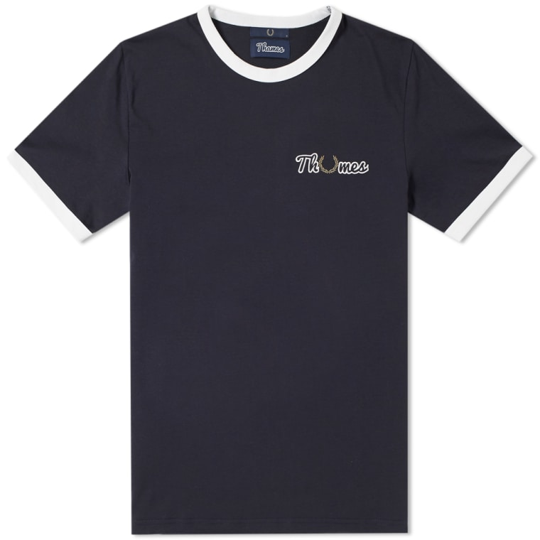 16-03-2018_fredperry_xthames_embroideredtee_navy_sm3121-6083_mg_1x