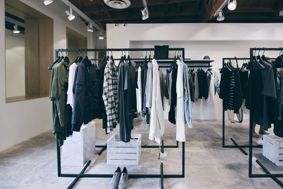 Los Angeles Store Guide-61