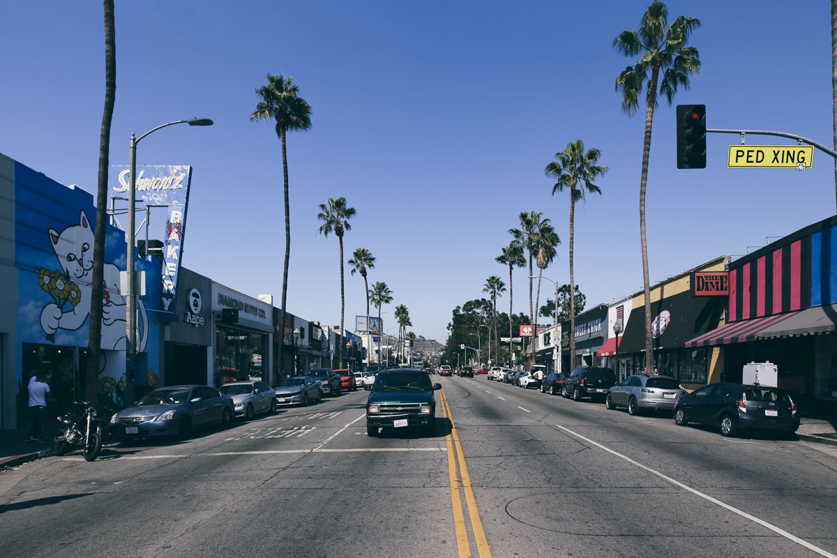 Los Angeles Store Guide-65