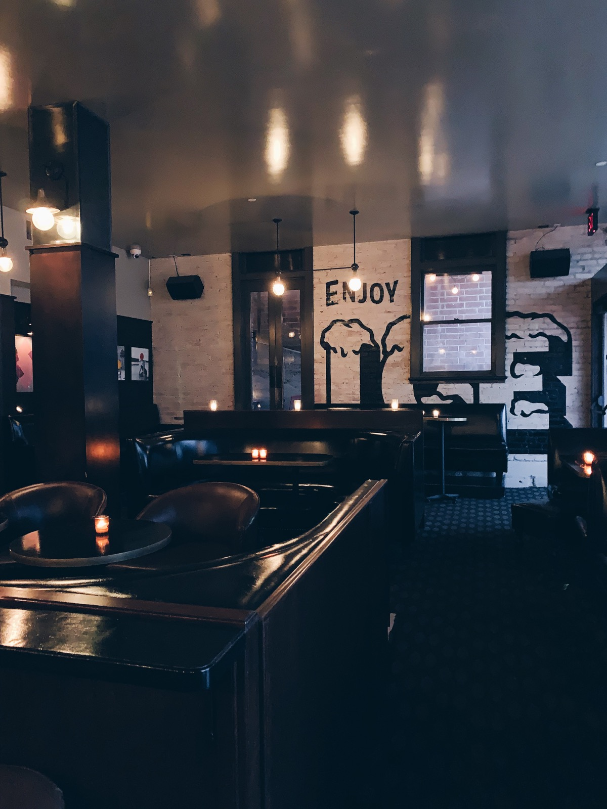Los Angeles Bar Guide